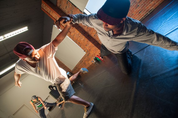Amy O'Neal, Opposing Forces: Rehearsal at Velocity Dance Center. Photo by Bruce Clayton Tom.